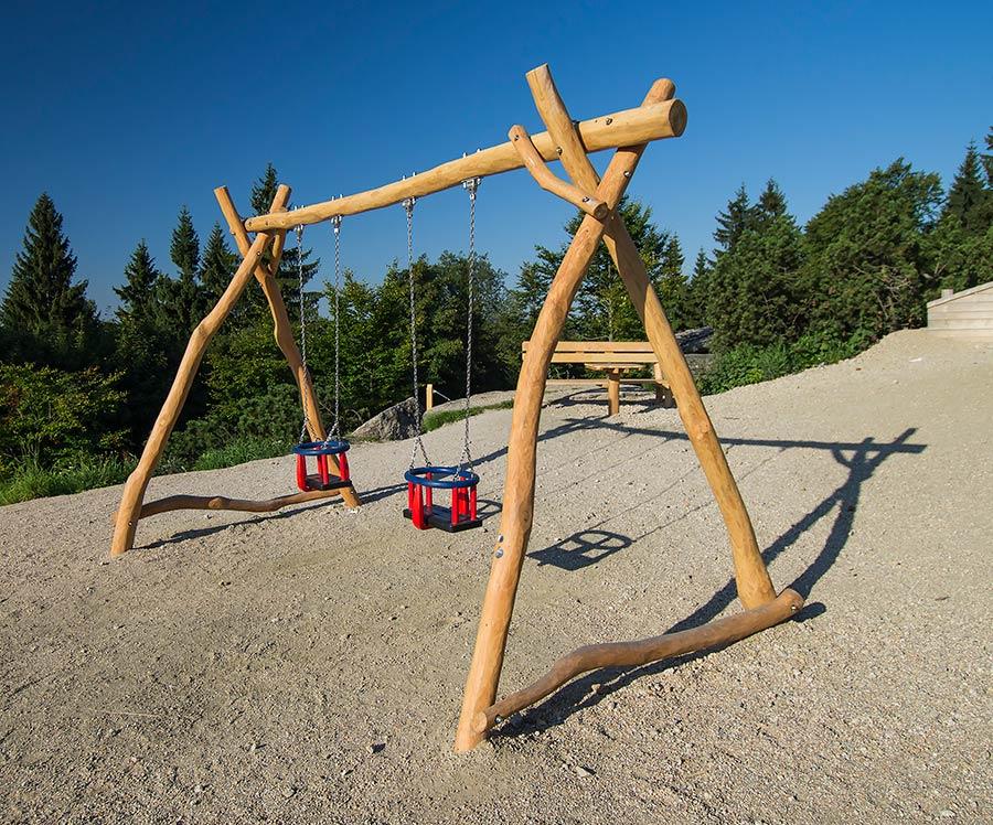 Altalena doppia legno steboambiente giochi per parchi for Altalena legno usata